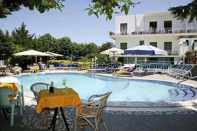 Carmencita Hotel 3 Stelle Anacapri