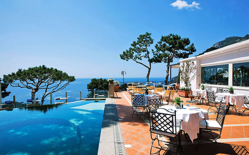 Casa morgano hotels on capri book online for Hotel luxury amalfi