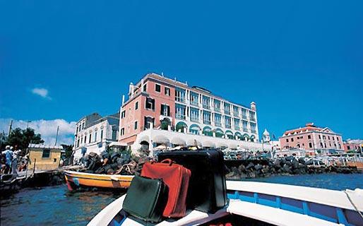 Miramare e Castello Hotel 5 stelle Ischia