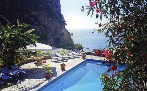 Al Tirrenia Roberts Bed & Breakfast Capri