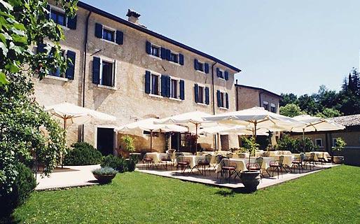 Locanda San Verolo Historical Residences Costermano