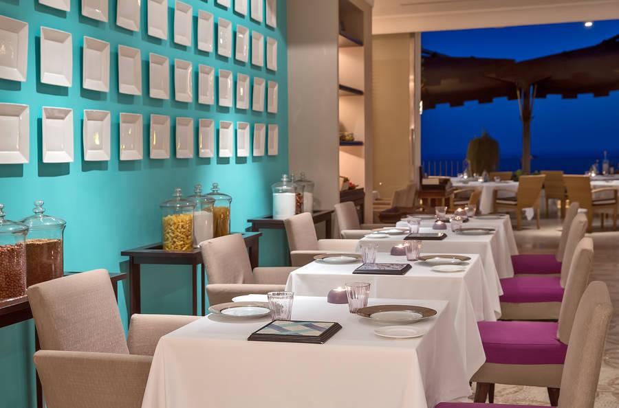 capri tiberio palace capri e 24 hotel selezionati nei dintorni. Black Bedroom Furniture Sets. Home Design Ideas