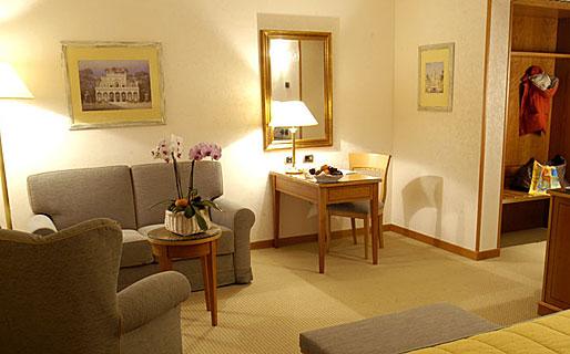 Hotel Excelsior Magenta Hotel 4 Stelle Magenta