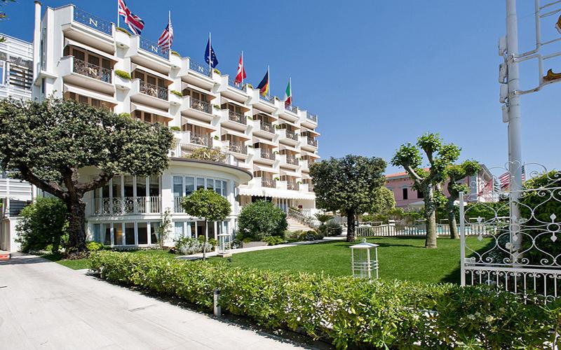 Hotel il negresco hotel forte dei marmi for Bagno san francesco forte dei marmi