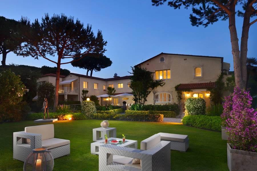 Hotel villa roma imperiale hotel forte dei marmi for Bagno san francesco forte dei marmi