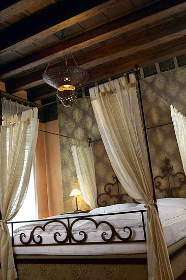 Novecento boutique hotel venezia and 19 handpicked for Boutique hotel venezia