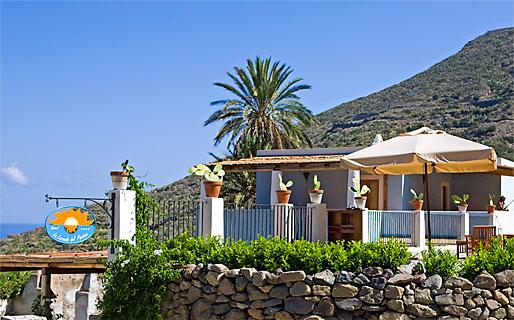 Hotel Locanda del Postino Malfa - Salina - Isole Eolie Hotel