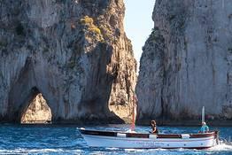 Capri Relax Boats - Full day around Capri by gozzo boat