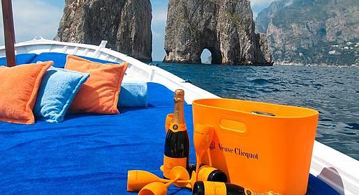 Capri 360 - Capri Day Tour in gozzo + pranzo a Nerano