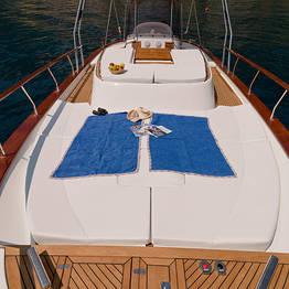 Luxury of the Amalfi Coast by Aprea 32 Gozzo Boat