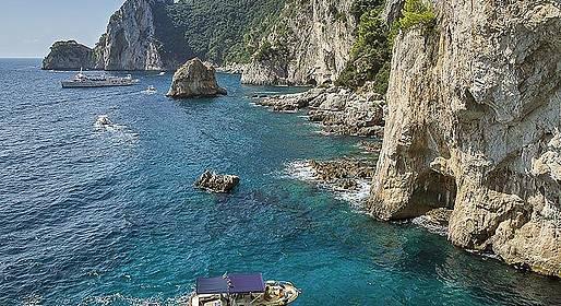 Blue Sea Capri - Small-Group Boat Tour of Capri (max: 12 passengers)