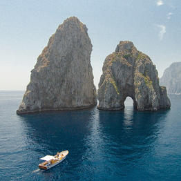 Splendida Capri in gozzo - 2 ore