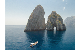 Gianni's Boat - Special Spring in Capri: Faraglioni and White Grotto