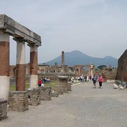 Sorrento Car Service - Transfer da  Napoli per Sorrento & Stop a Pompei