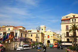 Joe Banana Limos - Tours & Transfers - One way transfer from Sorrento to Naples and vice versa