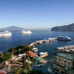 Transfer exclusivo de Nápoles a Sorrento (ida ou volta)