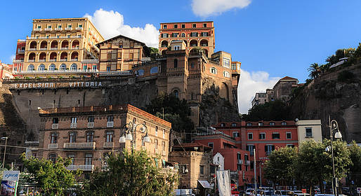 Sorrento Limo - Transfer exclusivo de Nápoles a Sorrento (ida ou volta)