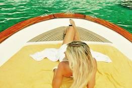 "Capri Relax Boats - Passeio de meio dia com barco ""Fratelli Aprea 7.80"""