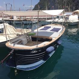 """Tecnomar Boat Capri - Boat Tour of Capri in a """"Chic Gozzo"""""""