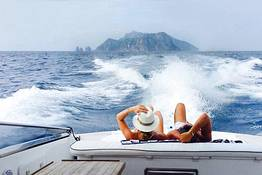 Tecnomar Boat Tour - Transfer Capri - Sorrento su Motoscafo Itama 38
