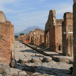 Sorrento, Positano and Pompeii - day tour from Naples