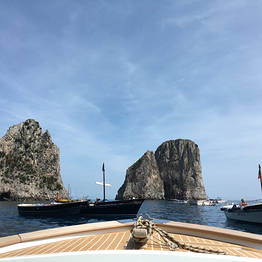 Transfer to or from Amalfi Coast with Capri Boat Tour