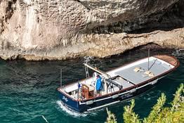 Capri Relax Boats - Descobre Capri com uma lancia Milano-Aprea (10 mt)