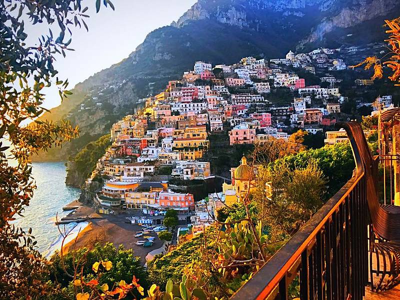2018 Excursion >> Excursion Capri - Positano by Luxury Speedboat (7 hrs) - Book online on Positano.com
