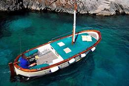 Capri Boat Service - Private Tour of Capri by Gozzo (2-3 hrs) + swim stop