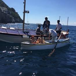 Giro privato di Capri in gozzo (2-3 ore) + sosta bagno