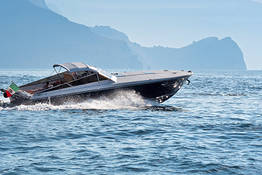 Pegaso Capri Boat Excursion - Speedboat Tour of Capri and the Amalfi Coast