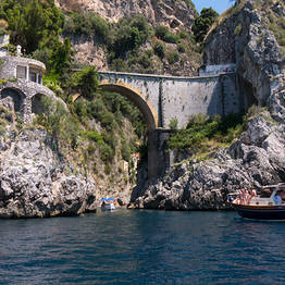 Gourmet Boat Tour of the Amalfi Coast