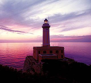 Aperitivo al tramonto al Faro Hotel