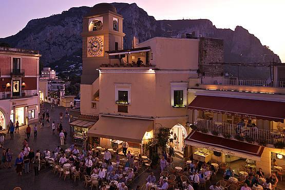 La vita notturna a Capri