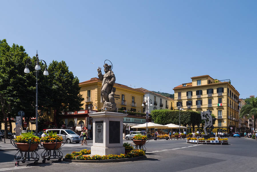 Cafés and Bars in Sorrento
