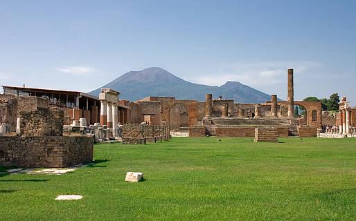 Visiting Pompeii, Herculaneum, and Mount Vesuvius from Sorrento