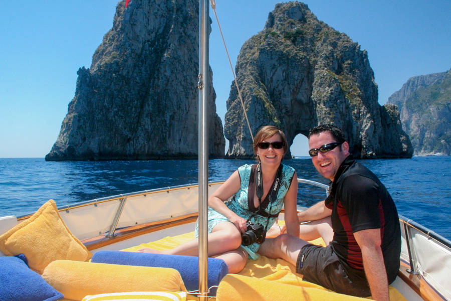 Giro di Capri in barca + passeggiata guidata - Day Tours