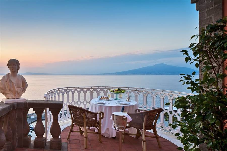The 7 Most Romantic Spots in Sorrento