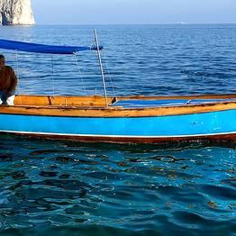 """Alugar uma """"Lancia"""" típica de Capri"""