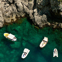 Renting a Rubber Dinghy on Capri