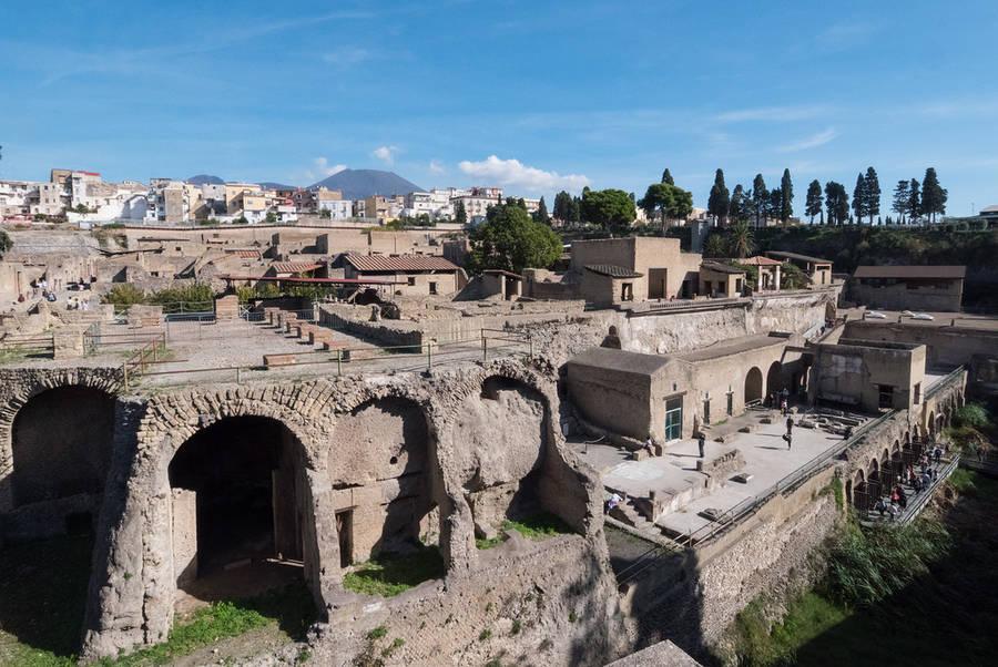How to Visit Pompeii, Herculaneum, and Mt. Vesuvius from Naples