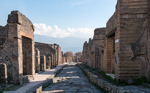 How to Visit Pompeii, Herculaneum, and Mt. Vesuvius from Naples