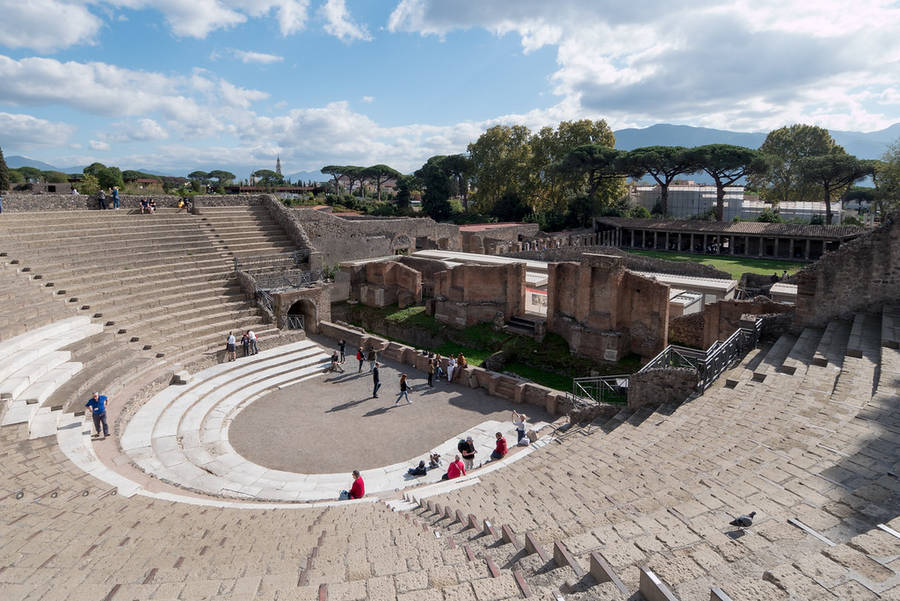 Organizzare una giornata a Pompei e sul Vesuvio da Capri