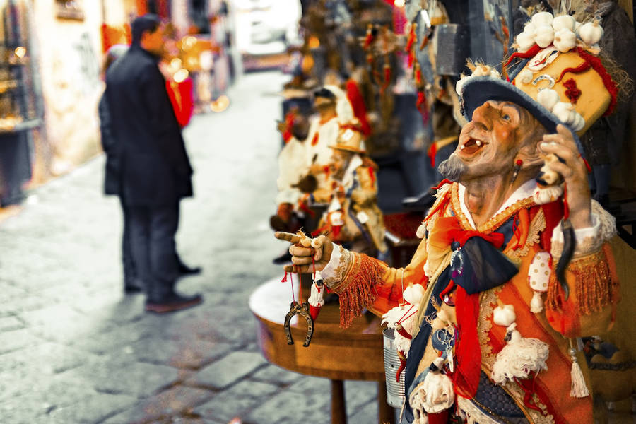 Top Ten Souvenirs from Naples