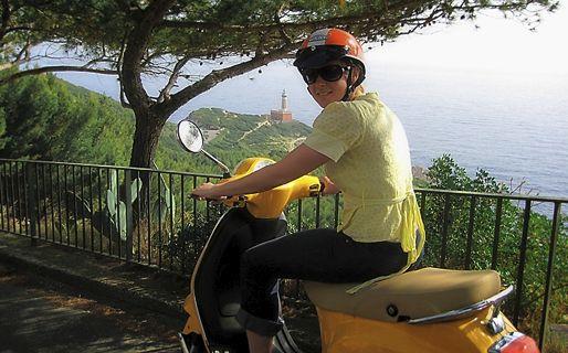 A ilha de Capri em scooter