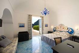 Quadruple Room with Sea View