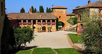 Locanda dell'Amorosa Sinalunga Montalcino hotels