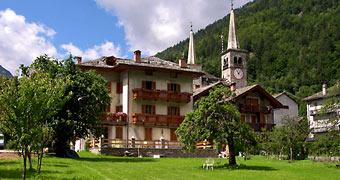 Tre Alberi Liberi Riva Valdobbia Vercelli hotels