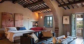 Follonico 4-Suite Torrita di Siena Bagno Vignoni hotels