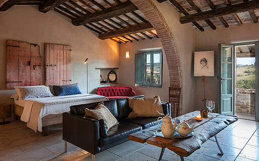 Follonico 4-Suite B&B and Homes Torrita di Siena